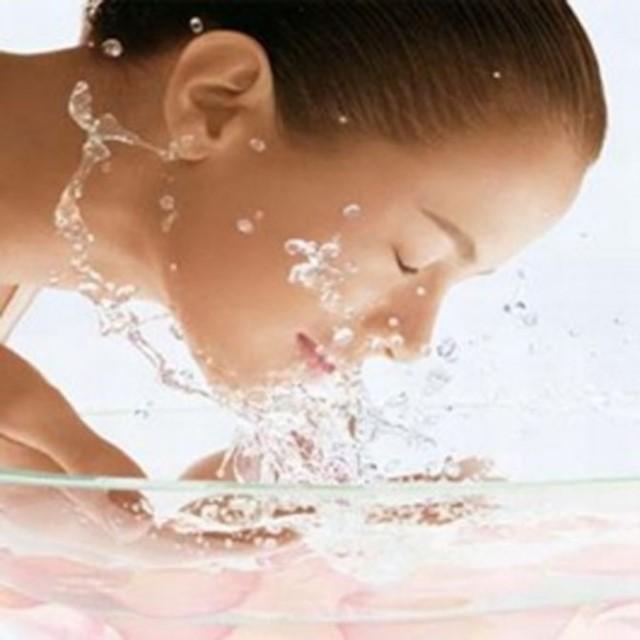 Come rimuovere lepilatore capelli indolore