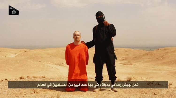 Isis, la foto schock della decapitazione dell'americano James Foley