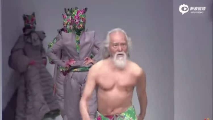 Deshun Wang sfilata (3)