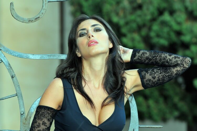 Anna Di Chiara giornaliste più belle d'italia partenopea