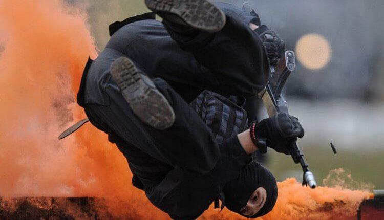 19. Abilità acrobatiche e di combattimento in condizioni difficili.