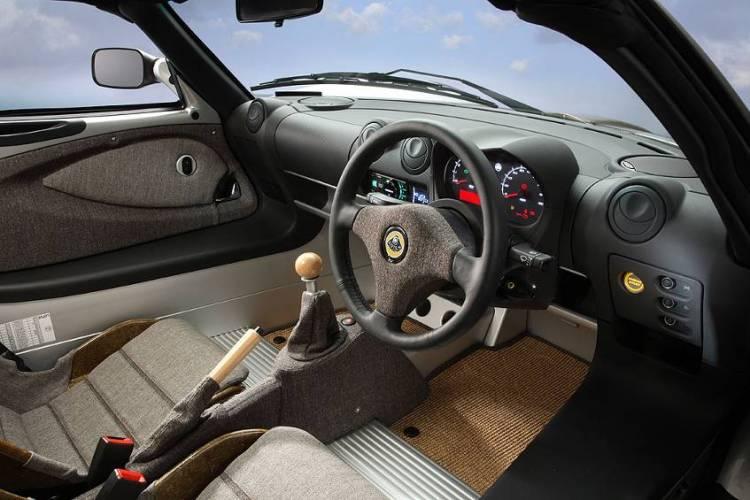 Interni della Lotus Eco Hemp Car