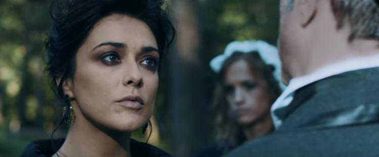 Valentina Lodovini nel video di Neffa Colpisci