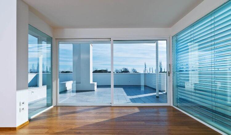 Come riscaldare una casa a basso costo e a basso consumo for Infissi costo
