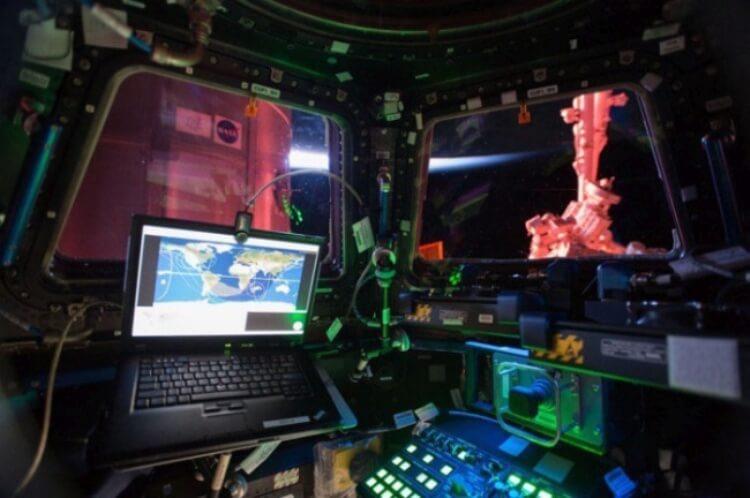 Interni della Stazione Spaziale Internazionale.