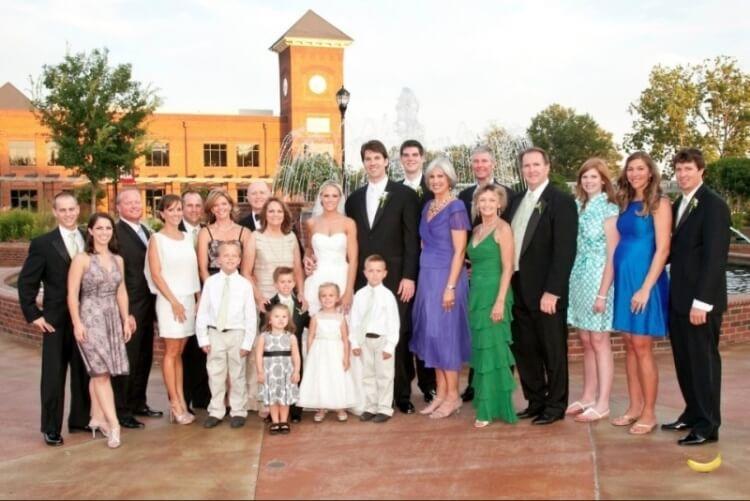 16 Buongiorno in famiglia - Così funzionano i geni guarda i parenti dello sposo e quelli della sposa...