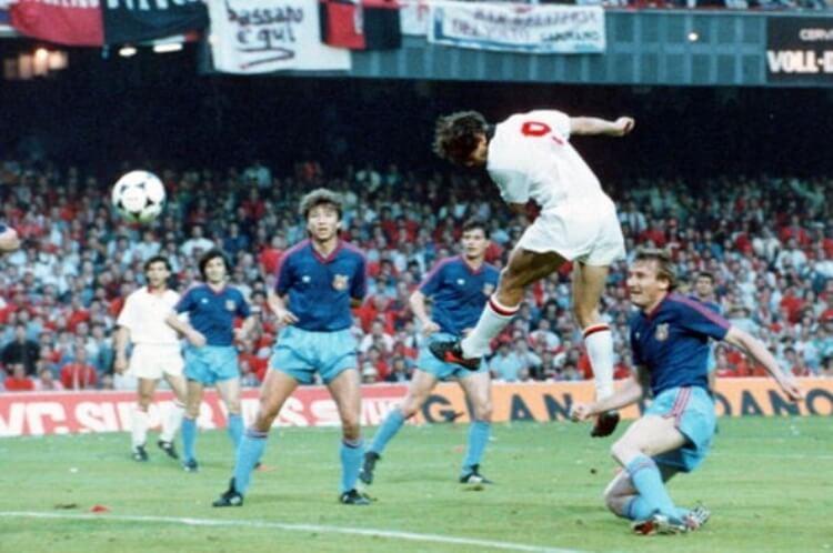 Milan-Steaua 1988-89, il gol di Marco Van Basten