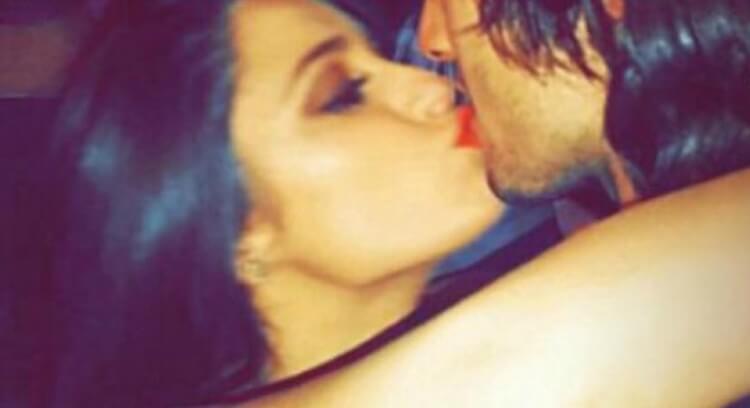 Alessia Macari Il bacio con Mattia Perin