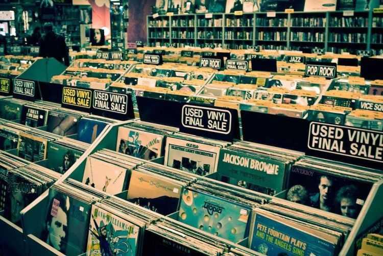 quali dischi in vinile da collezione comprare