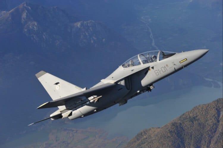 Il 61° Stormo dell'Aeronautica Militare si addestra con il Reggimento San Marco della Marina Militare (3)