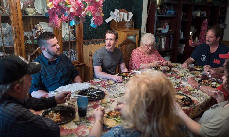 Il 29 aprile, durante il tour, Zuckerberg si è presentato a sorpresa a cena da una normale famiglia dell'Ohio, stato decisivo per la vittoria di Trump