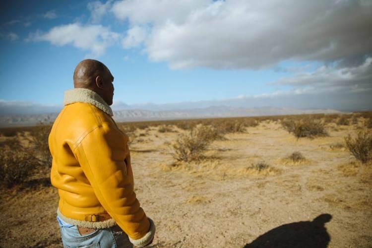 Mike Tyson oggi nel suo ranch in California