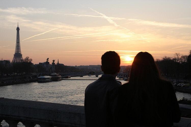 frasi in francese sull'amore parigi vista tour eiffel